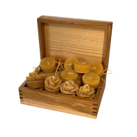 Handgemachte Kerzen aus dem Ekkharthof. 17 x 12 x 7 cm